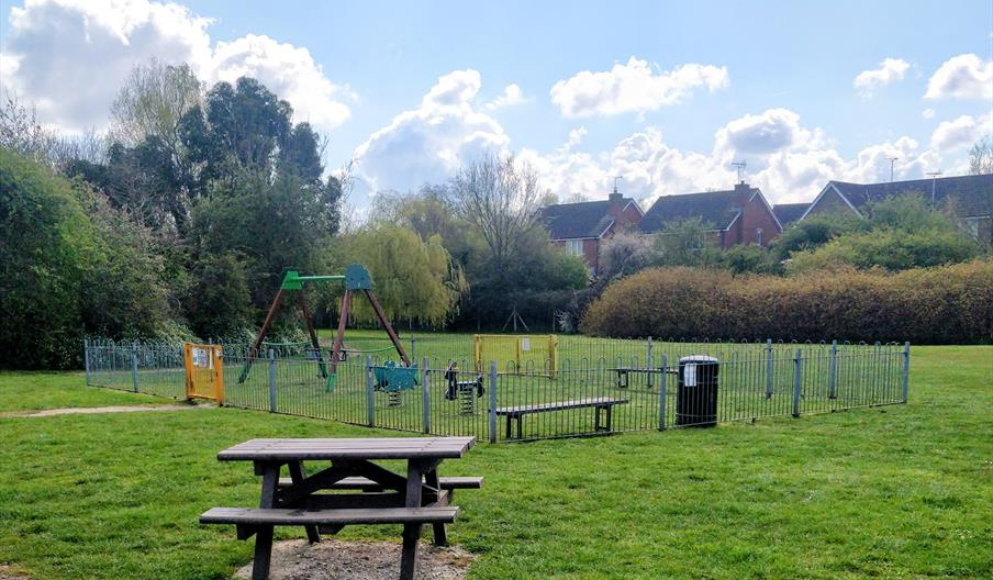 Elizabeth Way Playsite
