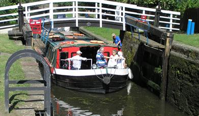 Victoria Barge on the Chelmer & Blackwater Canal - Essex Waterways